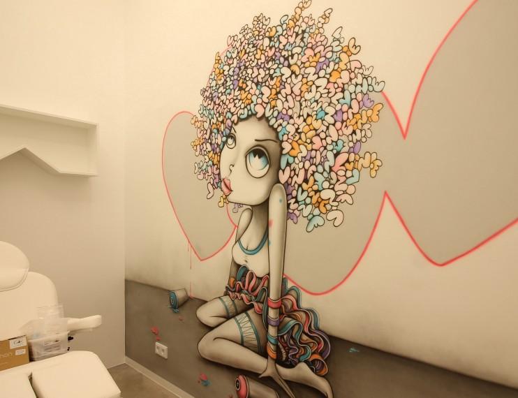 Граффити. По мотивам девушек Вини
